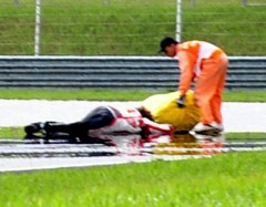 incidente marco simoncelli.jpg