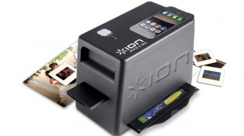 Scanner per smartphone per digitalizzare diapositive e negativi.