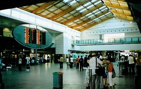 C un sito che mi spiega cosa posso portare nel bagaglio - Cosa posso portare in aereo con bagaglio a mano ...